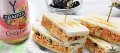 Sándwich de Cangrejo, Salmón y Salsa Cocktail