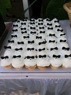 Bow Tie baby shower #cupcakes