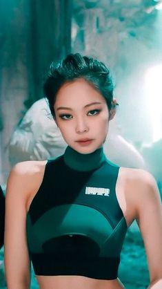 Jennie (musician, BlackPink) - Kibbe Soft Natural (in my opinion) Kim Jennie, Lisa Black Pink, Black Pink Kpop, Kpop Girl Groups, Korean Girl Groups, Kpop Girls, Pretty People, Beautiful People, Kim Jisoo