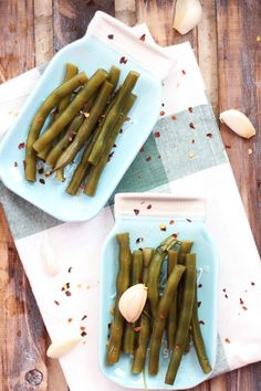 Spicy Garlic & Dill Pickled Green Beans are lacto-fermented with fresh herbs. Serve on a charcuterie plate, add to Bloody Marys or give as a gift.