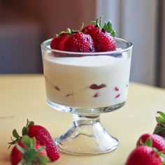 White Chocolate Mousse with Strawberries and Balsamic Vinegar