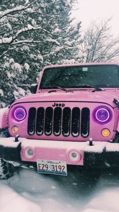 pink Jeep in the snow Auto Jeep, Bugatti, Maserati, Lamborghini, Fancy Cars, Cute Cars, Jeep Rose, My Dream Car, Dream Cars
