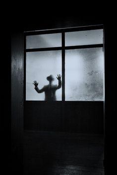 Distort figure through window