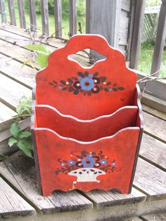 vintage Folk Art Magazine Holder by lookonmytreasures on Etsy