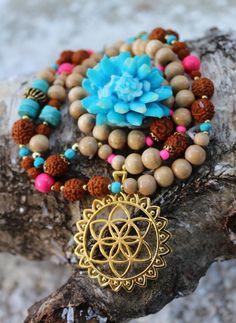 sacred geometry*Samen des Lebens*Türkis Edelstein*mala*108 Perlen*Gebetskette*Rudraksha Samen*Tränen Shivas*Mandala*jewelry Yoga*Pink uv* von MoONAmasteWithLove auf Etsy