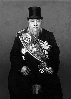 Paul Kruger was State President of the South African Republic (Transvaal). He gained international renown as the face of Boer resistance against the British during the South African or Second Boer War Kruger National Park, Modern History, African History, African Art, British Army, World War I, Military History, South Africa, Two By Two
