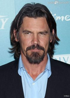 Josh Brolin | one of the few times ive ever thought a guy looked attractive with facial hair