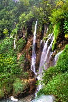 Waterfall (Croatia) by Grzegorz Grzesiak