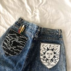 Painted Jeans, Painted Clothes, Diy Clothing, Custom Clothes, Look 80s, Diy Fashion, Fashion Outfits, Denim Art, Look Cool