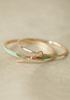 Tied With A Bow Bangle Set In Mint | Modern Vintage Jewelry