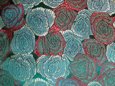 Brocado de seda. La tela más bonita de Turquía. www.lacarola.com