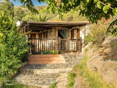Bungalows, Teneriffe, Gazebo, Spain, Outdoor Structures, Luxury, House Styles, Travel, Caravan