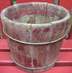 old bucket / pail with red paint Primitive Furniture, Primitive Antiques, Primitive Crafts, Country Primitive, Wash Tubs, Milk Cans, Wood Bowls, Funky Junk, Red Paint