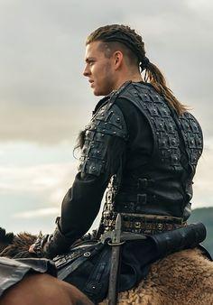 Ivar Vikings, Vikings Tv, Viking Men, Viking Hair, Ragnar Hair, Ivar Ragnarsson, Hair And Beard Styles, Long Hair Styles, Viking Aesthetic