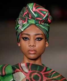 Matchy Match Hair Accessories: Matching your headband (or your turban, or your barrettes) to your outfit is the ultimate power styling move. Turbans, Headscarves, Head Pieces, Natural Texture, Beauty Trends, Protective Styles, Bold Colors, Head Wraps, Get The Look