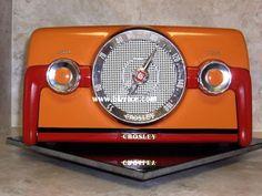 Crosley Bakelite Two Tone Tube Radio