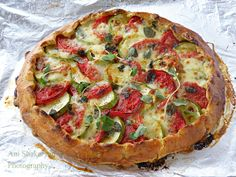 Galette with zucchini, tomatoes and Mozzarella cheese