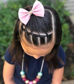 Girl hairstyles 263742121915233472 - We did another quick style today. We have a rope twist and some elastic sections with bubble ponies that are tied off to the side. We hope… Source by Toddler Hair Dos, Cute Toddler Hairstyles, Easy Little Girl Hairstyles, Girls Hairdos, Cute Little Girl Hairstyles, Baby Girl Hairstyles, Braided Hairstyles, Hairstyles For Toddlers, Hair Due