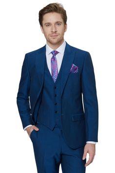 Blue Suit Men, Black Suits, Three Piece Suit, 3 Piece Suits, White Pocket Square, Pocket Squares, Mens Fashion Suits, Mens Suits, Groom Attire