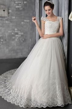 Best Bridal Gowns in 2014 Spring and Fall.We offer the newest and stylish style wedding dresses in 2014 for every bridal to be. Wedding Dresses With Straps, Wedding Dresses 2014, Princess Wedding Dresses, Cheap Prom Dresses, Cheap Wedding Dress, Bridal Dresses, Bridesmaid Dresses, Princess Bridal, Tulle Wedding