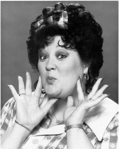 Lulu Roman, Hee Haw  (for you, Linda!)