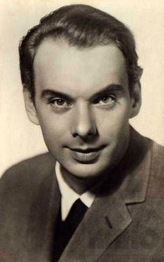Алексей  Баталов  (1928  -  2017)     http://evakroterion.livejournal.com/784036.html