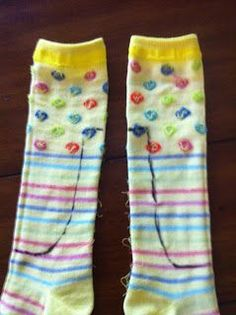 The Hungry Bookworm: Doll Clothes Short Cuts - tights from Dollar Store Knee Highs... ^