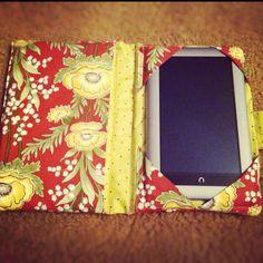 DIY tablet case :) Madi needs one!