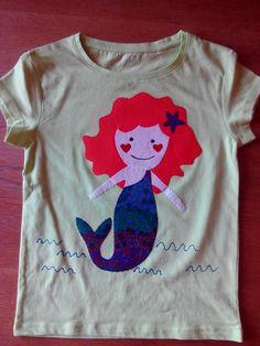 Camiseta sirena amb aplicacions i pintura