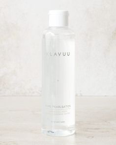 For the lazy skin care girls out there, the Klavuu Pure Pearlsation Marine Collagen Micro Cleansing Water is for you. Acne Causes, Facial Cleansers, Good Skin, Cleansing Water, Pure Products, Skin Products, Beauty Products, Skin Care, Korean Skincare