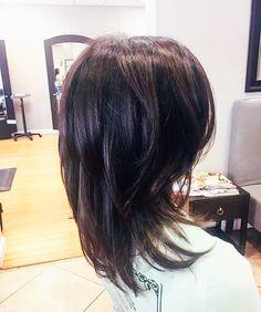 стрижка градуированный каскад на средние волосы