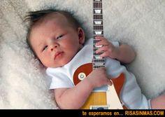 Guitarrista precoz | Risa Sin Más