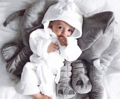 You and your little one will absolutely love this amazing Baby Elephant Pillow. - You and your little one will absolutely love this amazing Baby Elephant Pillow. So Cute Baby, Baby Kind, Cute Kids, Cute Babies, Elephant Pillow, Elephant Baby, Stuffed Elephant, Baby Elefant, Cool Baby Names