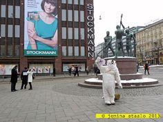 Veden vuosi 2013: Jääkarhuja Helsingin keskustassa osa 2 Helsinki, Broadway Shows