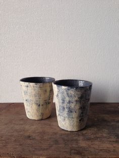 Latte size cups by Iuchi Moto.