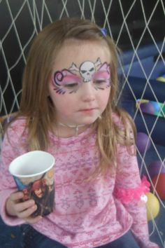 Girly pirate - face paint