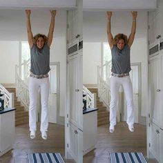 Vardagspuls träningsexpert Leila Söderholm har haft problem med axlarna hela livet. En övning som hon upptäckt hjälper är att hänga ett par minuter varje dag.