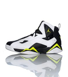 JORDAN Zoom Air cushioning system for comfort Leather and synthetic upper  with mesh panels Durable 58b4a1f67