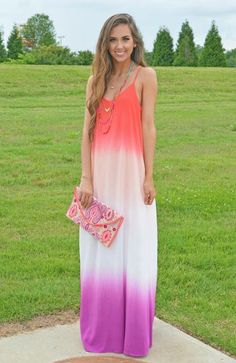 How gorgeous is this ombre maxi dress?! Add some colorful jewelry & a clutch for a boho chic look!