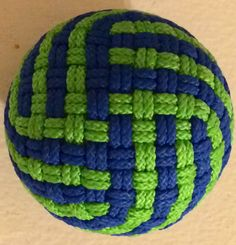 340 Facet Globe Knot - 2 Strand - 2 Pass, 57mm core, cue ball by Erik Hess, fantastic work.