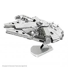 The Millennium Falcon is a spacecraft in the Star Wars universe commanded by smuggler Han Solo and his first mate, Chewbacca. Build your own beautiful, detailed mini Millennium Falcon model with this easy kit! Metal Earth Models, Metal Models, Scale Models, 3d Metal, Heavy Metal, Objet Star Wars, Cadeau Star Wars, Darth Vader Tie Fighter, Millennium Falcon Model