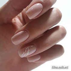 "If you're unfamiliar with nail trends and you hear the words ""coffin nails,"" what comes to mind? It's not nails with coffins drawn on them. It's long nails with a square tip, and the look has. Elegant Nails, Stylish Nails, Trendy Nails, Classy Nail Art, Nude Nails, Pink Nails, Neutral Nails, Coffin Nails, Nails Turquoise"