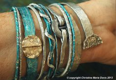 smashed knitting needle BRACELETS and beaten bollywood bangles in carribean blues and silver made from and by Christine Marie Davis Metal Bracelets, Metal Jewelry, Bangle Bracelets, Bangles, Jewlery, Bracelet Making, Jewelry Making, Metal Embossing, Knitting Supplies