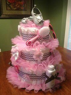 windeltorte basteln anleitung babygeschenke geburt spitze rosa