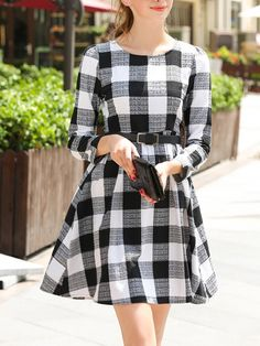 Black White Round Neck Plaid Belt Dress 32.27