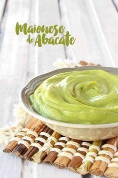Trocando a maionese clássica pela maionese de abacate! Que tal? O abacate é rico em Folato, que ajuda a reduzir o risco cardíaco, v i...