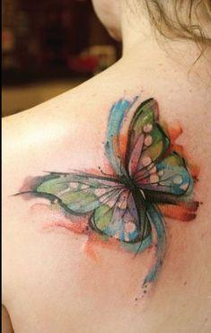 Mariposa en Acuarelas - Tatuajes para Mujeres. Encuentra esta muchas ideas mas de Tattoos. Miles de imágenes y fotos día a día. Seguinos en Facebook.com/TatuajesParaMujeres!