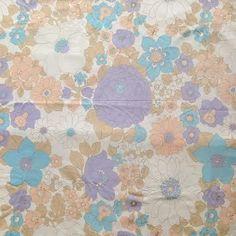 Image of Grand Drap Tissu Fleuri Vintage