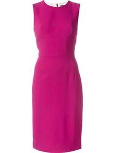 Enges Kleid ohne Ärmel