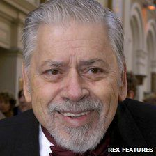 Mary Poppins song writer Robert Sherman just died :'( :'(  :'(  I am crying